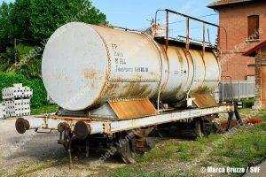fer-fp-m904-cisternadel1930-lineaferraracodigoro-rovereto-2011-05-17-bruzzomarco_bru4836