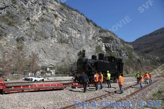 2017.03.28 Primolano: Trasferimento da Castelletto Monferrato a Primolano della 880 001 di SVF